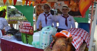 Productores de lechona en el Concurso Nacional de la Lechona Tolimense